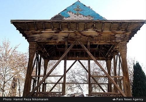 مدرسه چهارباغ اصفهان در معرض نابودی***** لطفا خلاصه خبر چک شود