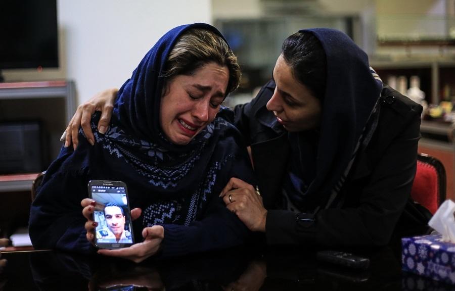 درددل سوزناک خانواده های دریانوردان: دریانوردان مظلومند، نباید در آتش بسوزند/ عکس